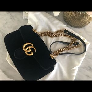 GG marmont Velvet black Gucci bag